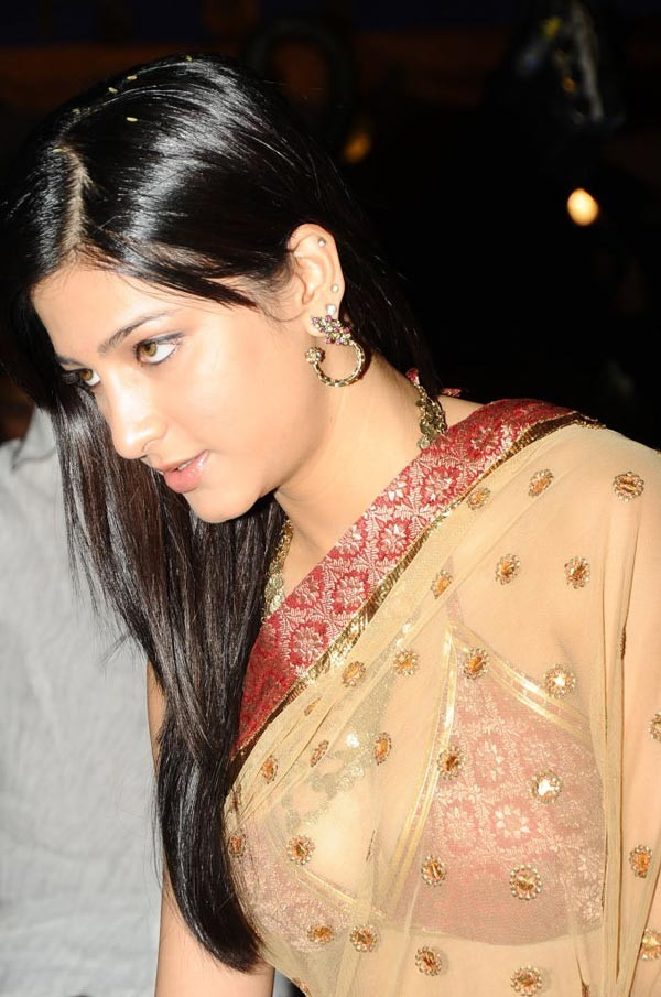 Shruthi Hassan Hot Wallpapers Moviemp3songsdownload Page 5