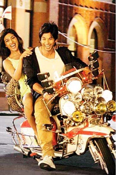 Teri Meri Kahaani Movie In Hindi Dubbed Free Download